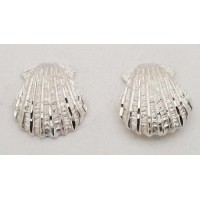RARD984PERS Sterling Silver Diamond Cut Scallop Shell Post Earrings