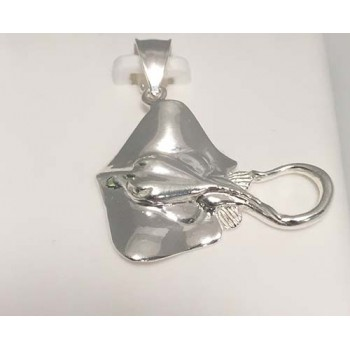 Sterling silver stingray pendant rard1008ps sterling silver stingray pendant mozeypictures Images
